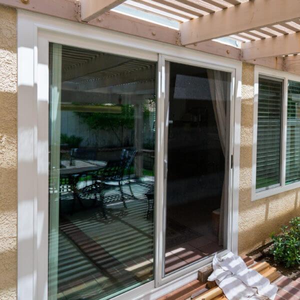 Vinyl replacement windows double hung vinyl replacement for Energy efficient replacement windows